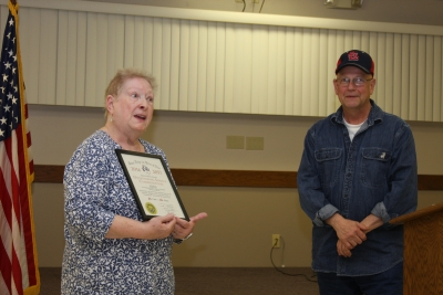 Jackie Clover receives award
